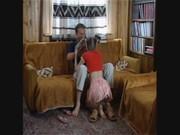 Юная дочка с маленькой попой трахается с родным отцом